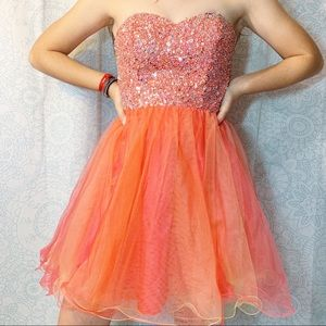 Sweetheart Neckline Sequin Strapless Prom Dress